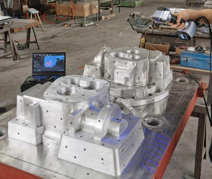 Đo kiểm khuôn mẫu kích thước lớn hiệu quả với máy quét 3D cầm tay EinScan HX